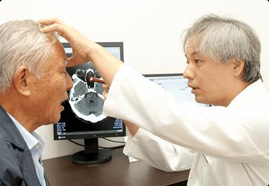 脳神経外科の診療風景